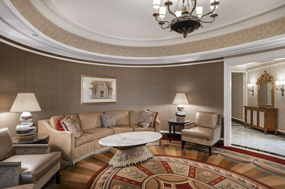 Suite, 1 chambre, avec vue (1 King, Oval) - Salle de séjour