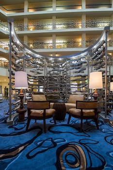 ภาพ โรงแรมเดลต้า สนามบินฟิลาเดลเฟีย ใน ฟิลาเดลเฟีย