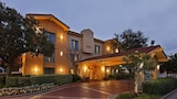 Reserve this hotel in Live Oak, Texas