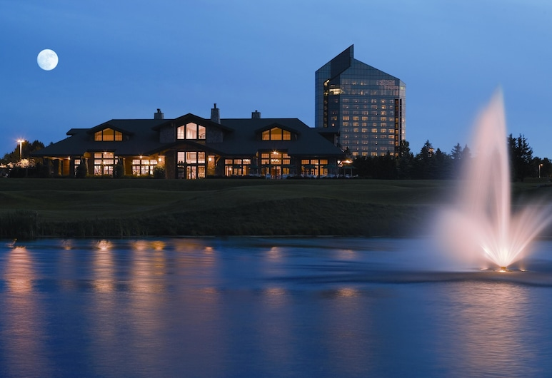 Grand Traverse Resort And Spa, Williamsburg, Hotel Front – Evening/Night