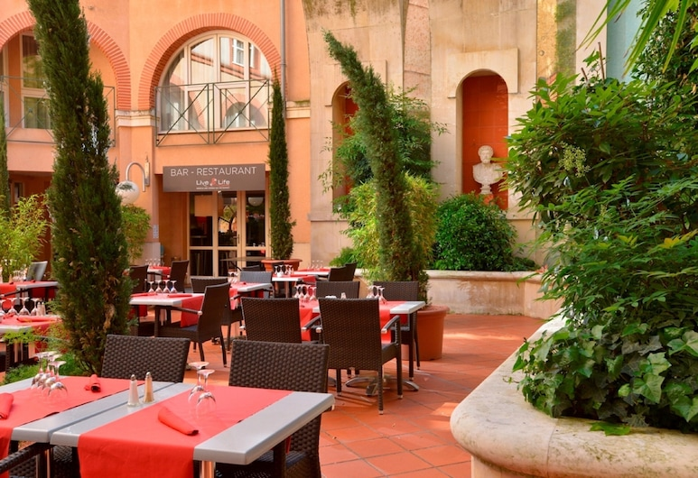 Crowne Plaza Toulouse, Toulouse, Cour