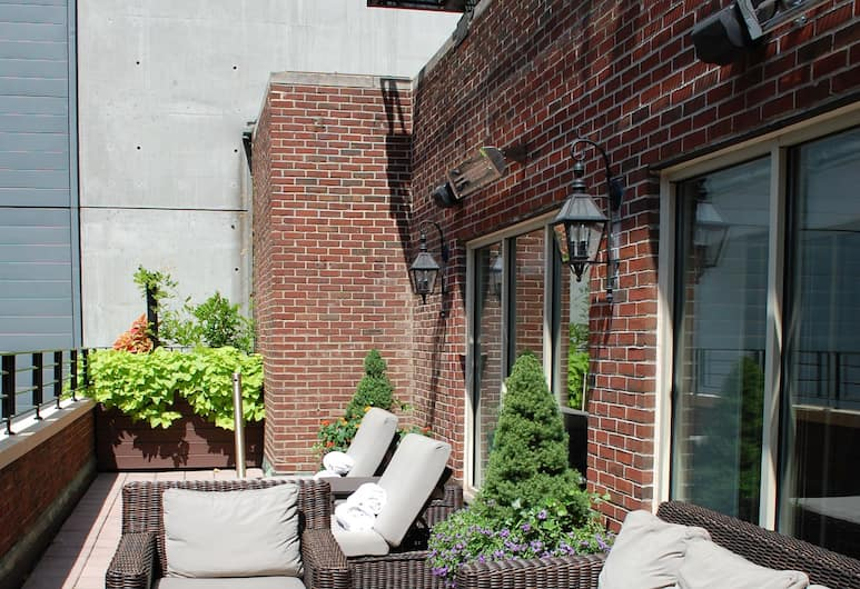 Omni Berkshire Place, New York, Terrasse/patio