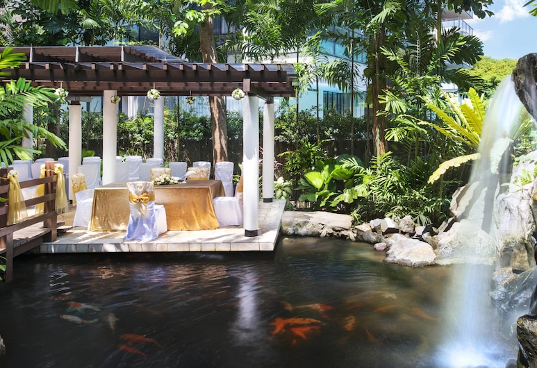 Sheraton Towers Singapore (SG Clean), Singapore, Outdoor Wedding Area