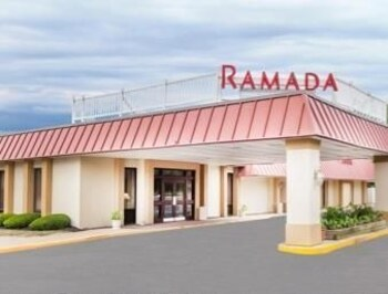 Picture of Ramada Queensbury/Lake George in Queensbury