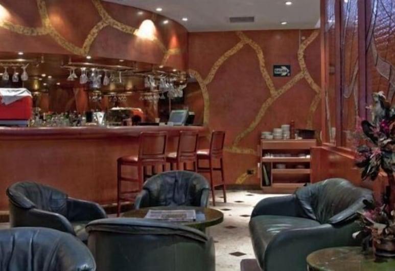 Maria Angola Hotel & Centro de Convenciones, Lima, Bar del hotel