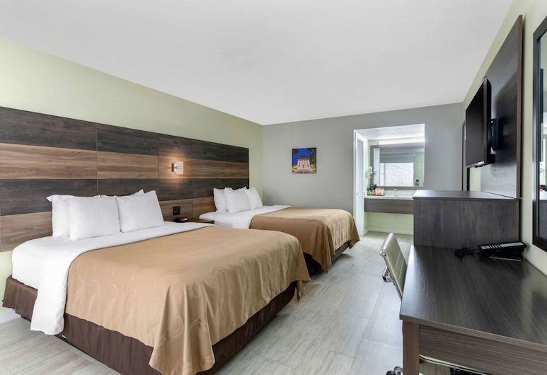 Quality Inn University North I-75, Gainesville, Standard Room, 2 Queen Beds, Non Smoking, Guest Room