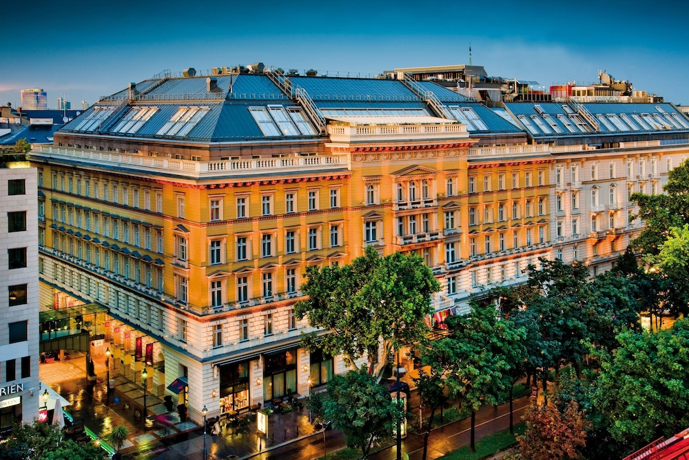 Grand Hotel Wien, Vienna, Utvendig