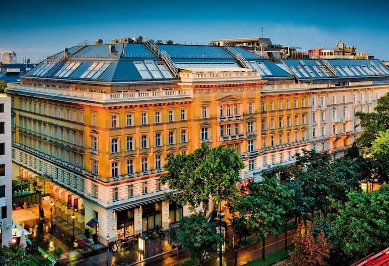Grand Hotel Wien, Viyana, Dış Mekân