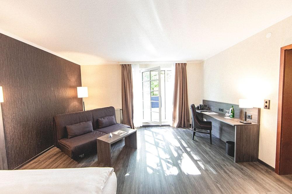 Сімейний номер, 1 двоспальне ліжко (Cozy Sitting Corner) - Житлова площа