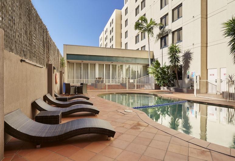 Holiday Inn Parramatta, Parramatta, Pool