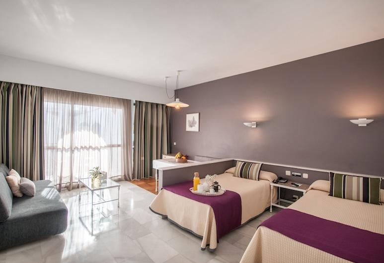 Hotel PYR Marbella, Marbella