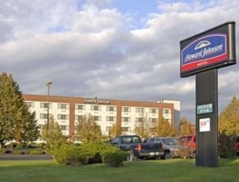 Picture of Howard Johnson Hotel South Portland in South Portland