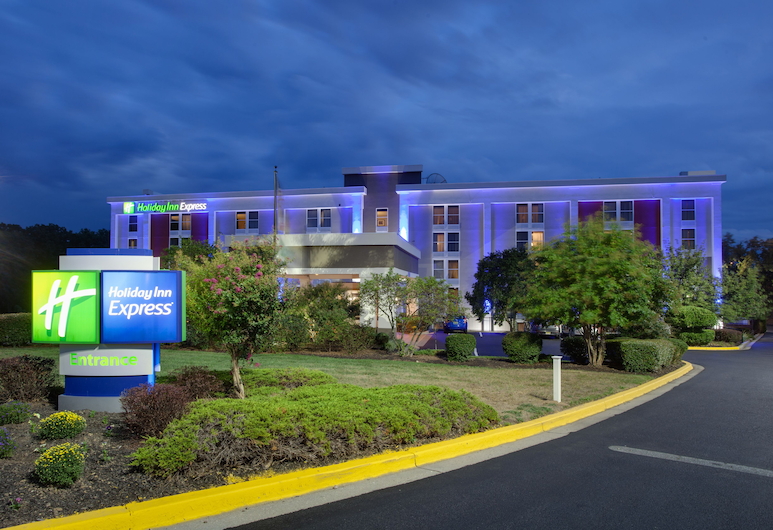 Holiday Inn Express Washington DC East - Andrews AFB, an IHG Hotel, Camp Springs