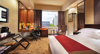 Choose This Five Star Hotel In Singapore