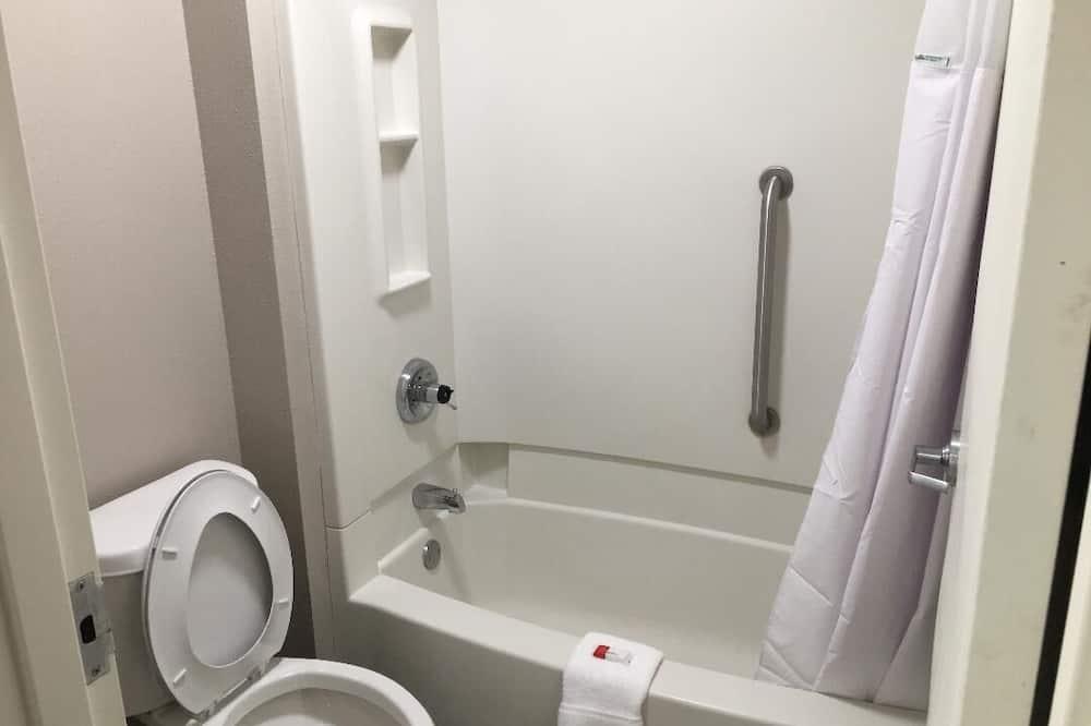 客房, 2 張加大雙人床, 非吸煙房 (2nd Floor) - 浴室