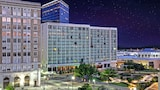 Choose This 3 Star Hotel In Tulsa