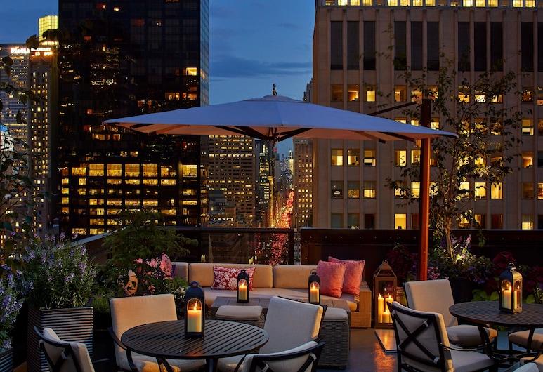 The Peninsula New York, New York, Hotelli baar