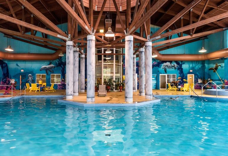 Deerhurst Resort, Huntsville, Indoor Pool