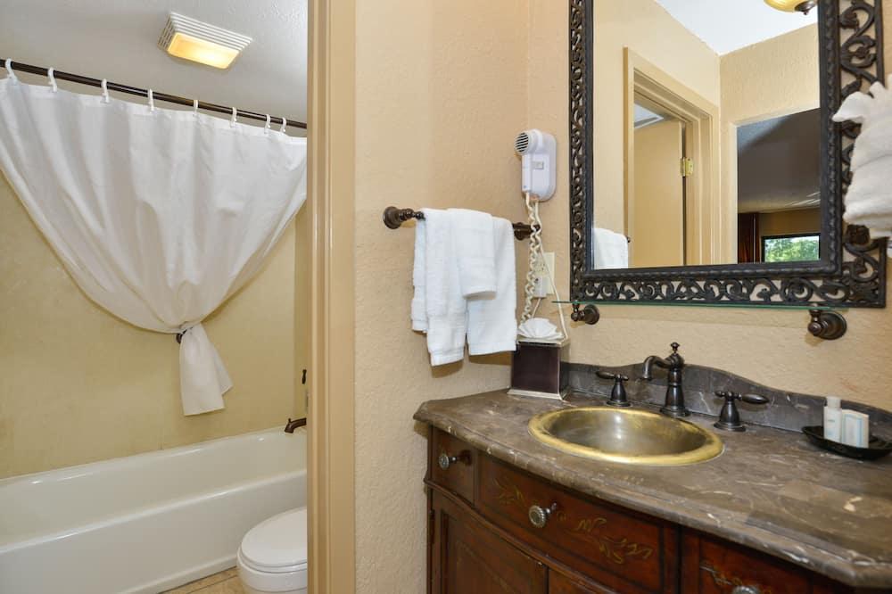 Business-Suite, 1King-Bett, Nichtraucher - Badezimmer