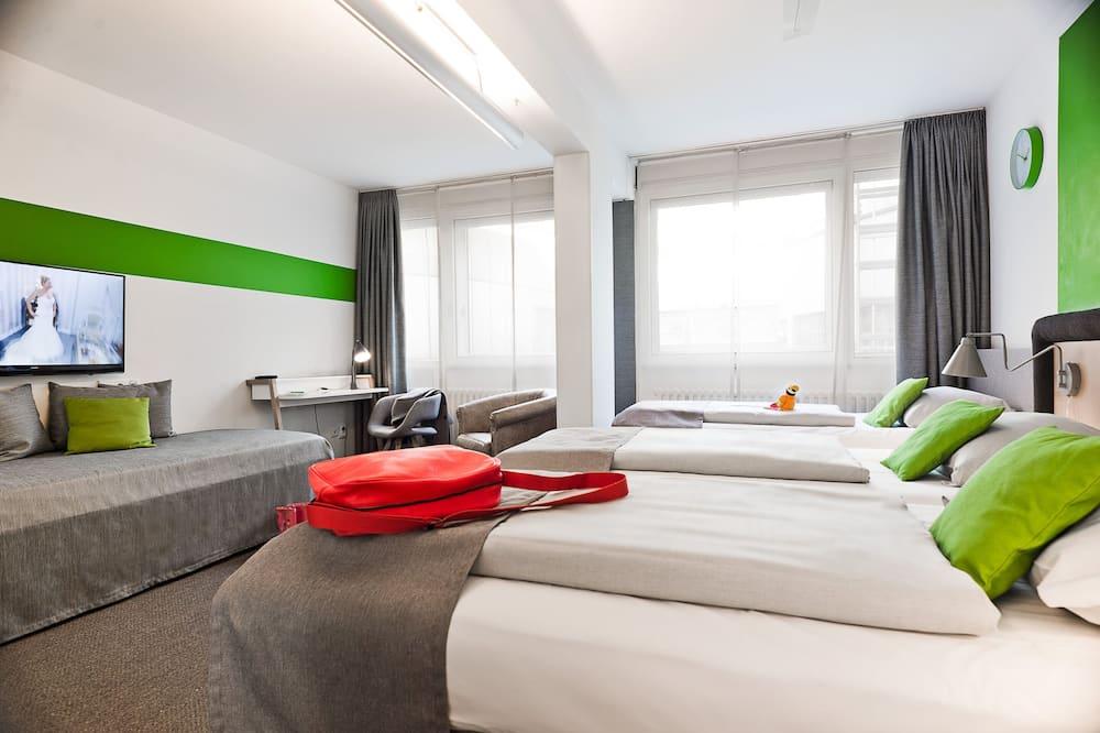 Habitación doble Confort, Varias camas (1 FullBed & 1 TwinBed) - Habitación