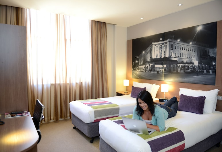 Grosvenor Hotel Adelaide, Adelaide, Superior Room, 2 Twin Beds, Guest Room