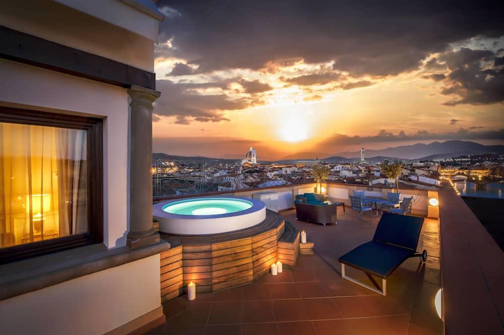 Suite, 1 King Bed, Terrace, River View (Belvedere) - Terrace/Patio