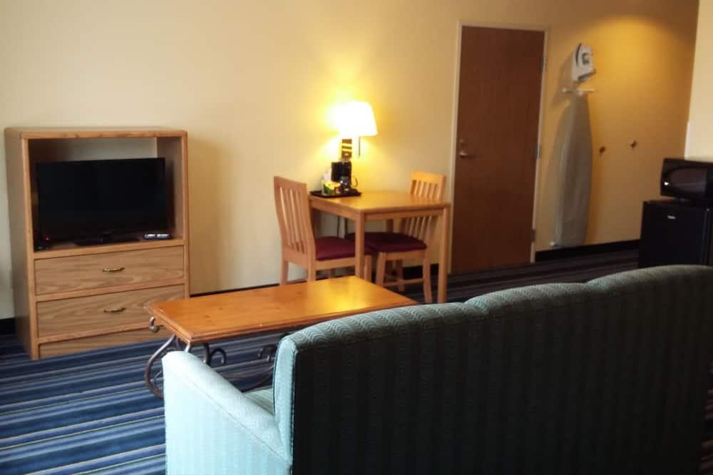 ห้องดีลักซ์สตูดิโอสวีท, เตียงควีนไซส์ 1 เตียง, ปลอดบุหรี่ - พื้นที่นั่งเล่น