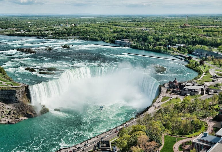 Howard Johnson by Wyndham Niagara Falls, Niagara juga, Vaade õhust