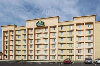 Picture of La Quinta Inn & Suites Indianapolis South in Indianapolis