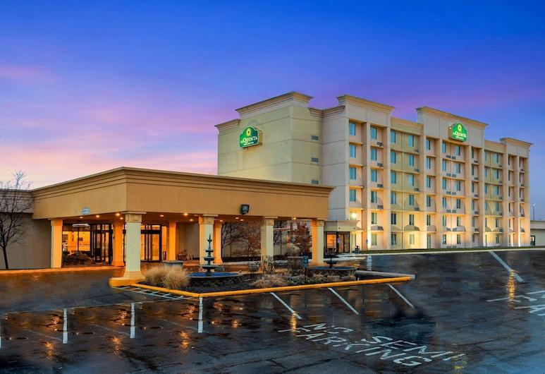La Quinta Inn & Suites by Wyndham Indianapolis South, Indianapolis, Außenbereich