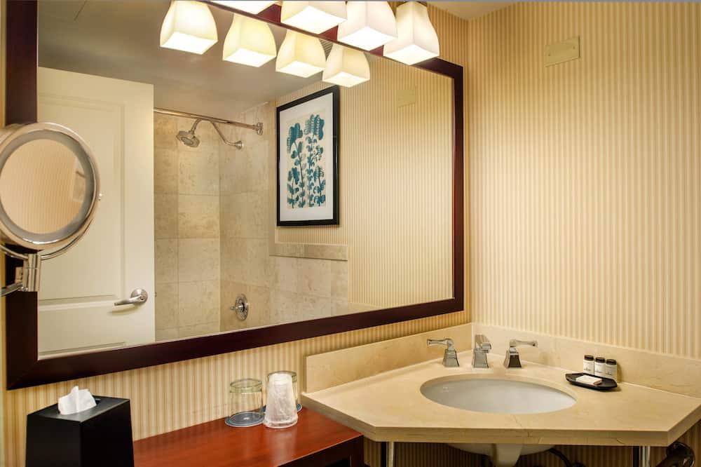 Chambre Club, 1 lit double, non-fumeurs - Salle de bain