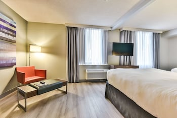 Picture of Radisson Suite Hotel - Toronto Airport in Toronto