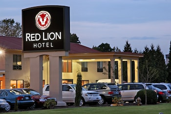 Picture of Red Lion Hotel Portland Airport in Portland