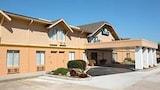 Choose This 2 Star Hotel In Jasper