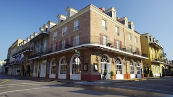 Enter your dates for our New Orleans last minute prices