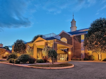 15 Closest Hotels To Virginia Military Insute In Lexington