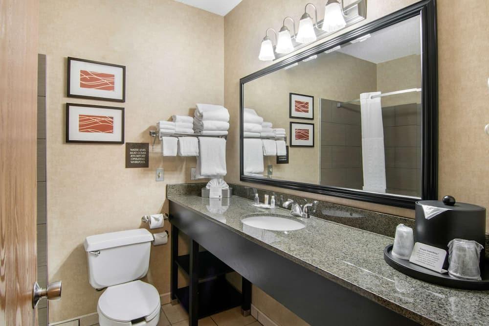 Apartament typu Suite, Łóżko king i sofa, dla niepalących - Łazienka