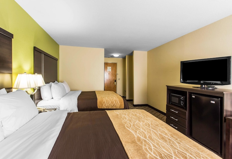 Quality Inn West of Asheville, Canton, Standard Double Room, 2 Double Beds, Smoking, Guest Room