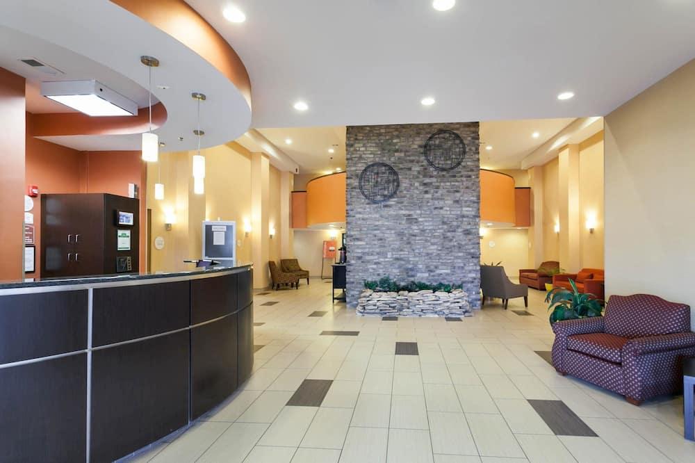 Comfort Inn & Suites Statesville - Mooresville, Statesville