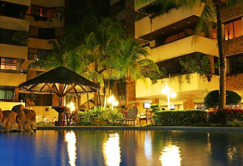 Yotau All Suites Hotel, Santa Cruz, Buitenzwembad