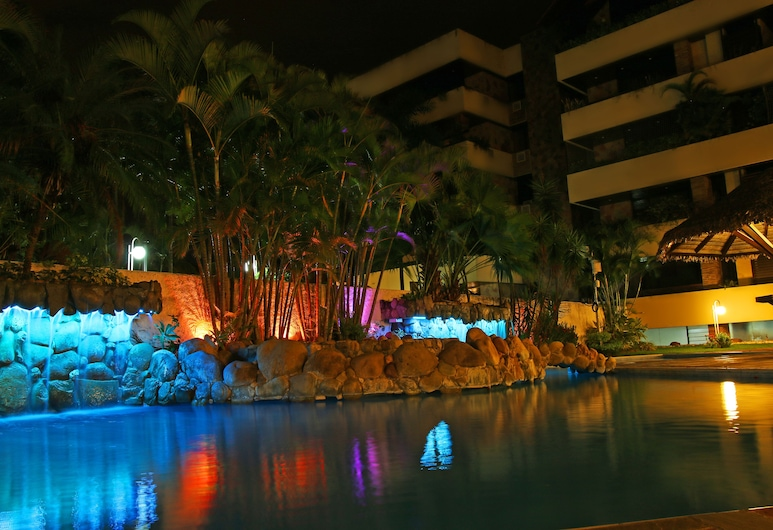 Yotau All Suites Hotel, Санта-Крус, Открытый бассейн