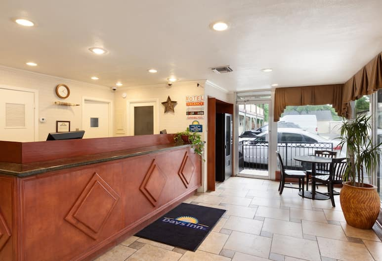 Days Inn by Wyndham Austin/University/Downtown, Austin, Reception