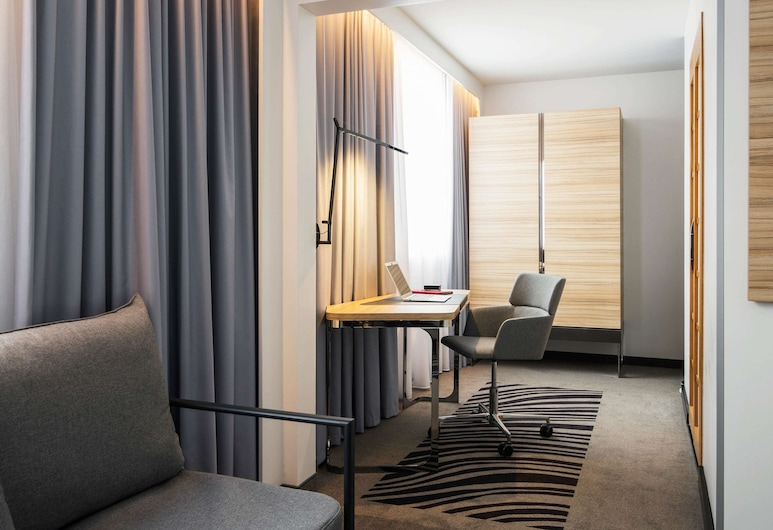 Novotel Den Haag City Centre, The Hague, Executive Double Room, 1 Double Bed with Sofa bed, Guest Room