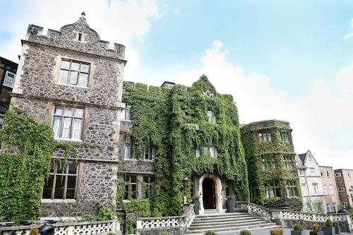 大莫爾文修道院飯店/