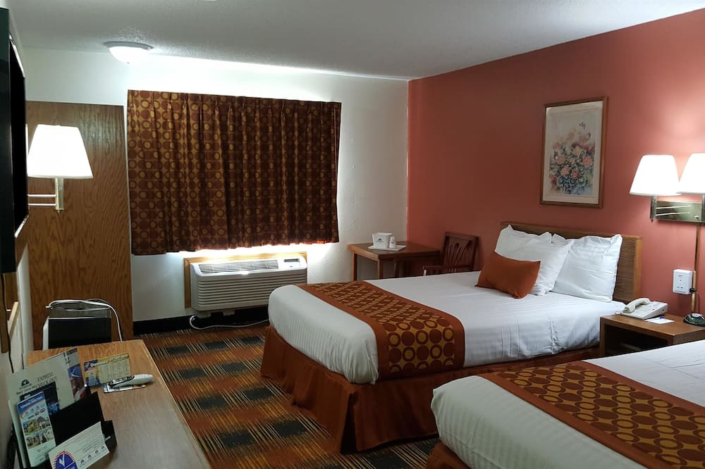 2 King Beds Suite Non-Smoking - Guest Room