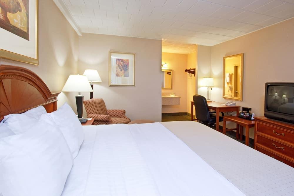 Room (Guest) - Guest Room