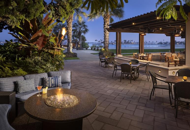 卡塔瑪蘭溫泉度假飯店, 聖地牙哥, 室外用餐