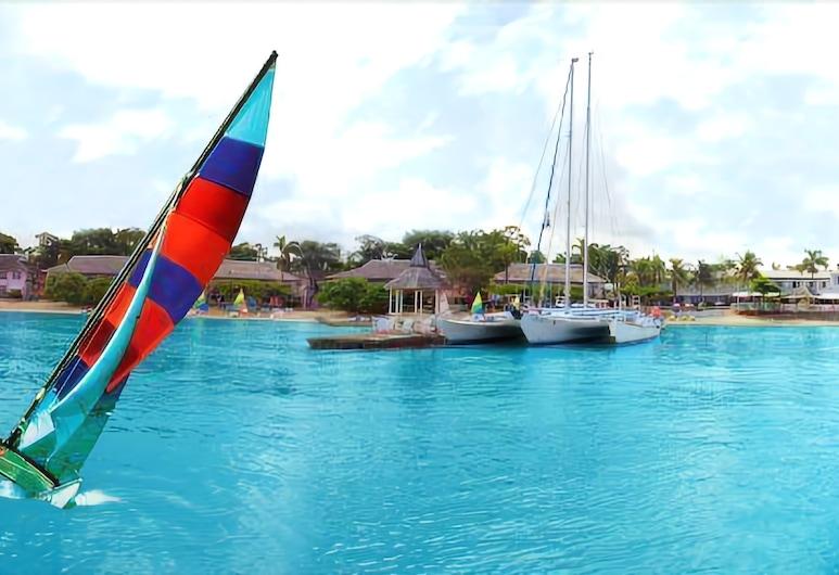 Shaw Park Beach Hotel & Spa, Ocho Rios, Boating
