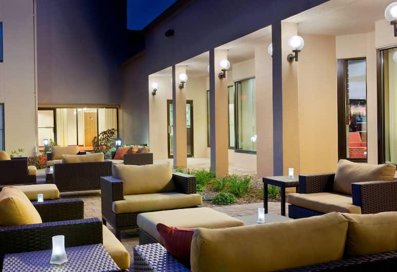 Courtyard by Marriott Milwaukee Brookfield, Brookfield, Terasa/trijem