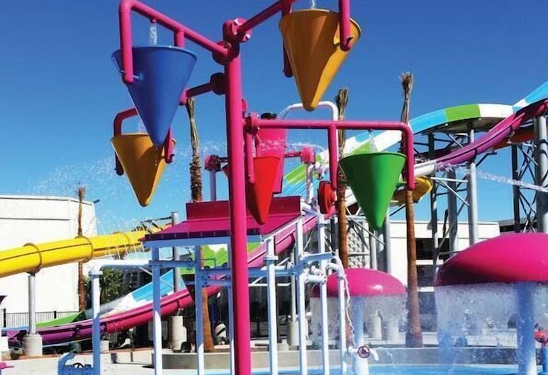 Circus Circus Hotel, Casino & Theme Park, Las Vegas, Laste bassein